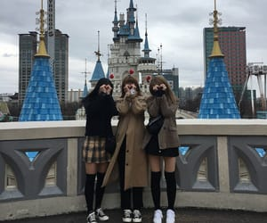 friendship, girl, and ulzzang image