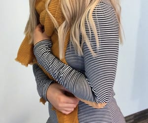 black and white, fall, and scarf image