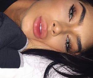 natural, no makeup, and slayin image