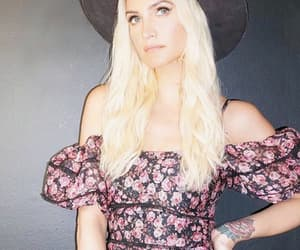 ashlee simpson, blonde hair, and style image
