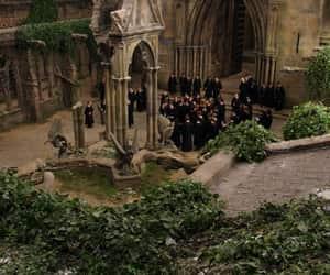 hogwarts yard