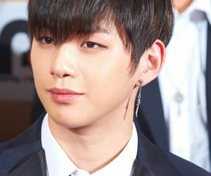 kpop and kang daniel image