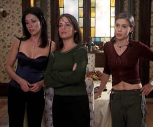 90s, charmed, and outfits image