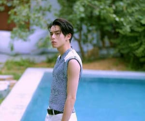 boy, style, and meteor garden image