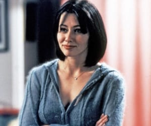 90s, charmed, and shannen doherty image