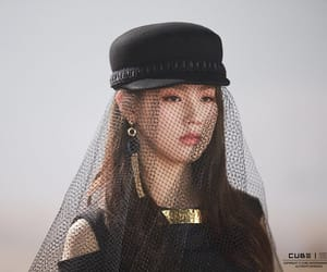 kpop, (g)i-dle, and girl image