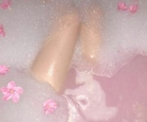 aesthetic, water, and bath image
