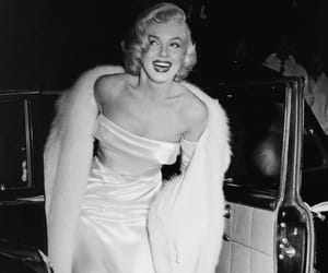 Marilyn Monroe, icon, and iconic image