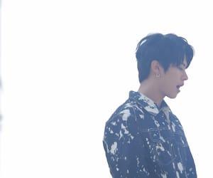 kpop, Minho, and stray kids image