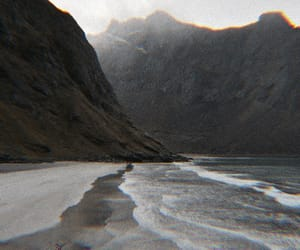 theme, mountains, and beach image