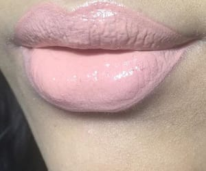 aesthetic, lips, and pastel image