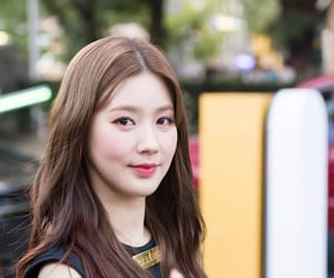 idle, miyeon, and (g)i-dle image