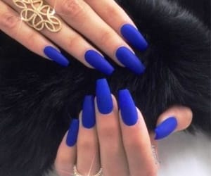 gel, wellnails, and shellac image