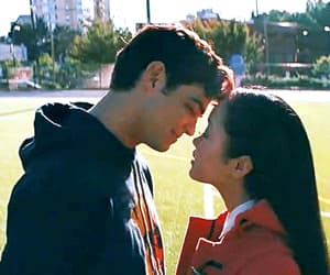 couple, peter kavinsky, and lara jean covey image