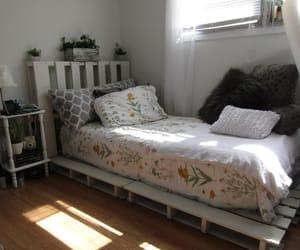 bedroom, indie, and pale image