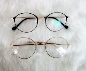 accessories and glasses image