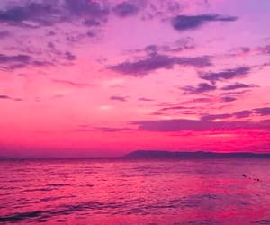 ocean, sea, and pink image