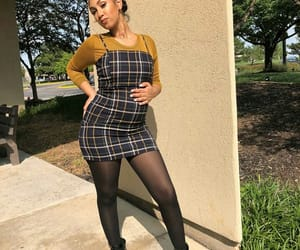 fashion, pregnancy, and queen naija image
