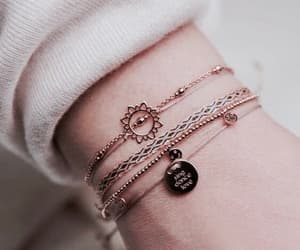 girls, pulseras, and cute image