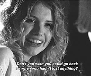 cassie, gif, and hannah murray image