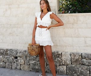 fashion, outfit, and tanned image