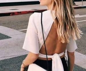 black, blond, and blusa image