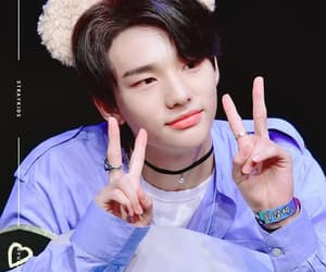 asian, kpop, and hyunjin image