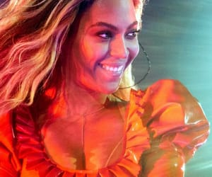 beyonce knowles, performing, and beyoncé image