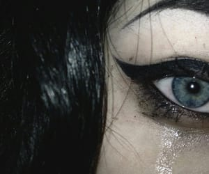 aesthetic, black hair, and pale image