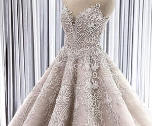 wedding dress, girl girly lady, and eyes eyebrows brows image