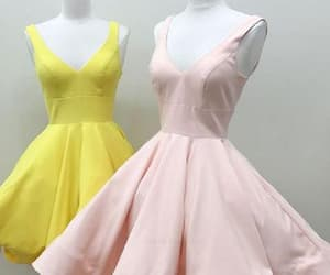 cute party dresses, party dresses v-neck, and v-neck homecoming dresses image