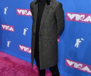 brendon urie, vmas, and king image