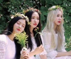 korean, hyunjin, and jinsoul image