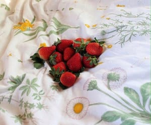 beautiful, bed, and berries image
