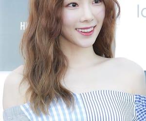 kpop, girlsgeneration, and kimtaeyeon image