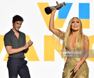 Jennifer Lopez, vmas, and shawn mendes image
