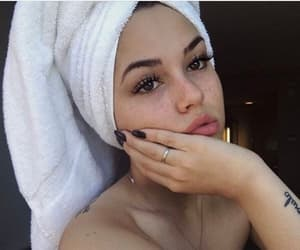 maggie lindemann and beauty image