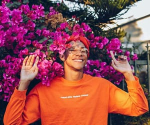 flowers, the flash, and keiynan lonsdale image