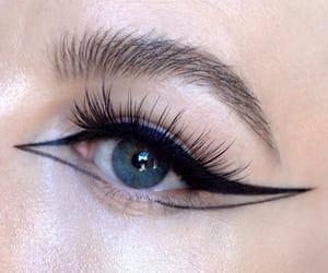art, blogger, and eyeliner image