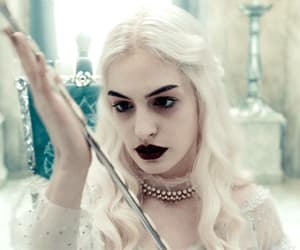 gif, alice in wonderland, and white queen image