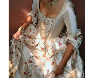 17th century, dress, and 18 image