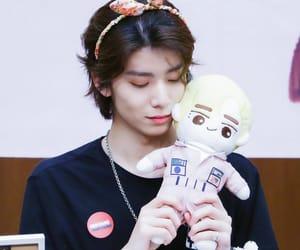 kpop, hwiyoung, and kim youngkyun image