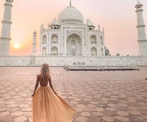 dreamy, india, and girl image