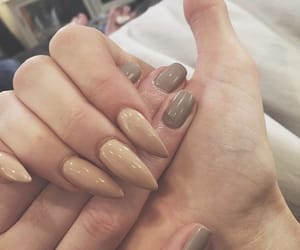 nails, sisters, and kendall jenner image