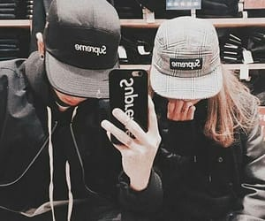 couple, ulzzang, and supreme image