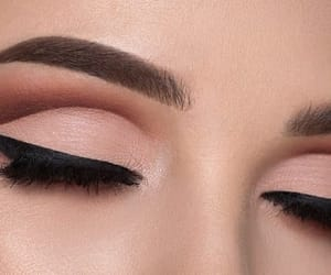 aesthetics, brown, and eyeshadow image