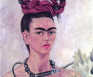 frida kahlo and painting image