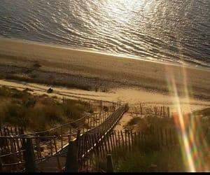 chaleur, sable, and vacances image