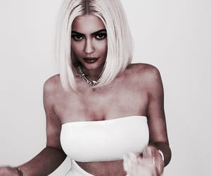 blonde, roleplay, and kylie jenner image