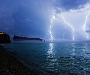 sea, lightning, and ocean image